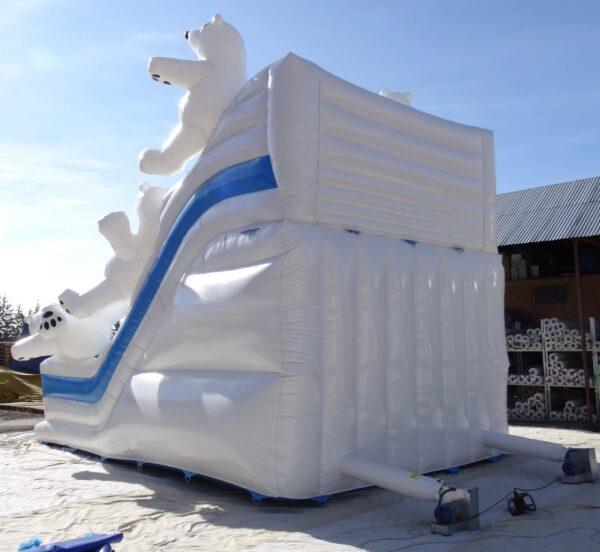 Structure gonflable de la gamme Polaire, le toboggan gonflable Ours Polaire en 3D est idéal pour les fêtes de fin d'année mais aussi pour toute l'année ! Fabrication européenne Lukylud.