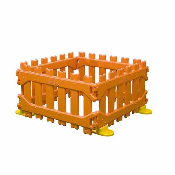 Lot de 4 barrieres en plastique, robustes et très sécurisées, joliment décoré bois et très colorées.