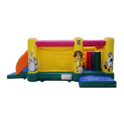 Structure gonflable petite enfance, parcours de jeu gonflable avec obstacles et toboggan, décoration jungle cartoons. Fabrication européenne - Lukylud.