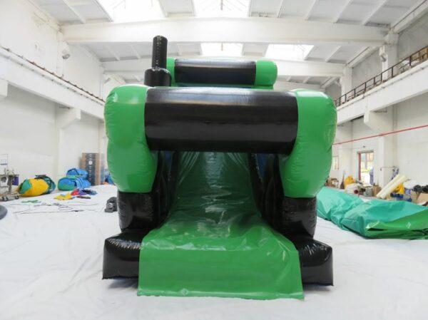 Structure gonflable parcours de jeu gonflable tracteur en 2 parties, avec obstacles et toboggan gonflable.Fabrication européenne - Lukylud.
