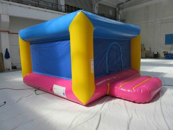 Bain de boules gonflable fermé bas avec tapis de mousse