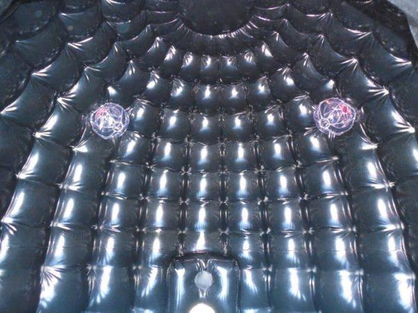 Château gonflable disco avec emplacements pour lumières