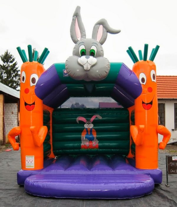 Château gonflable lapin carottes