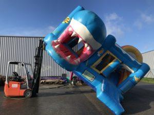 Lavavage structure gonflable professionnel pour le chateau gonflable requin.