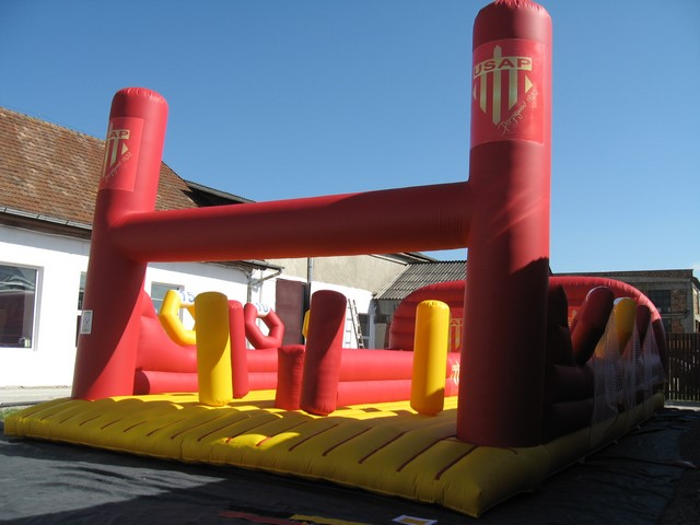 Structures gonflables sportives pour adultes