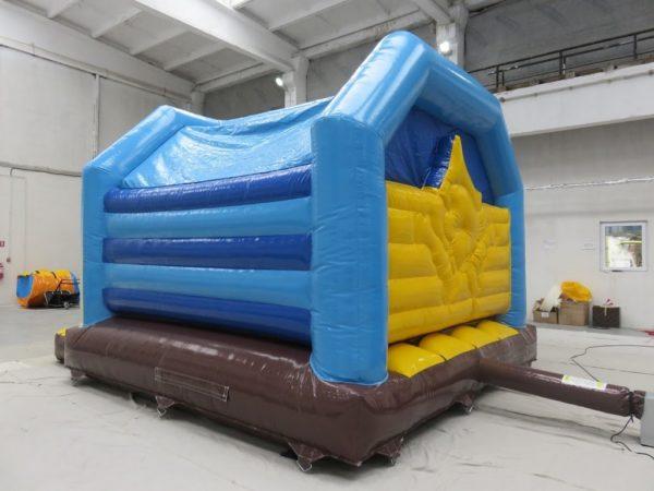 Vente château gonflable pirate avec bâche de toit.