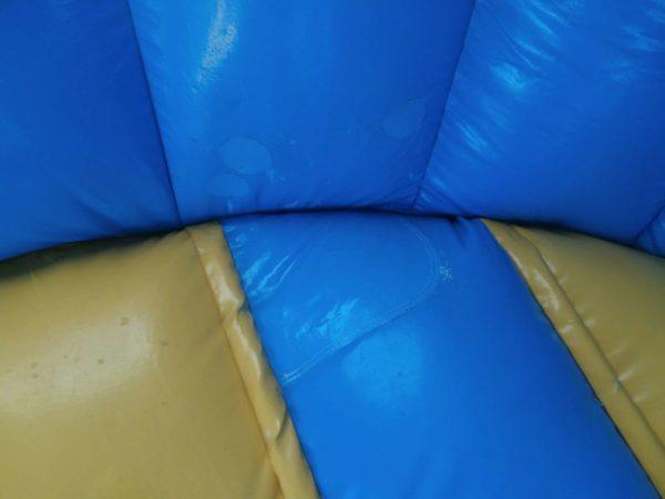 Château gonflable occasion disco avec matelas à sauter.