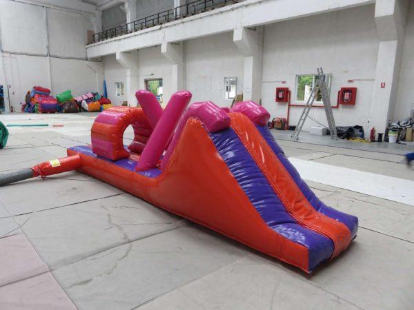 Mini parcours gonflable aquatique avec toboggan