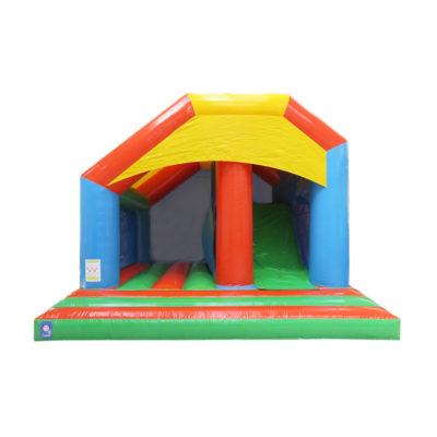 Multiplay gonflable basico avec bâche de toit et toboggan gonflable.