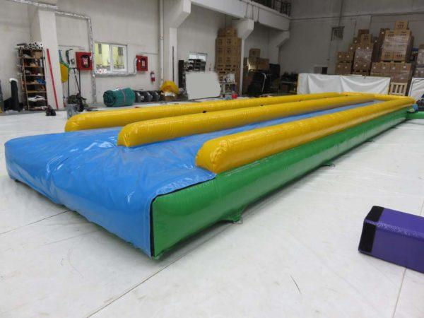 Ventriglisse gonflable pas cher de 13 m de long.